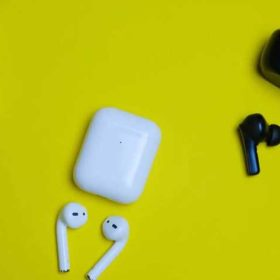 Not Enough Money to Buy AirPods? Try These 5 Wireless Headphones Now
